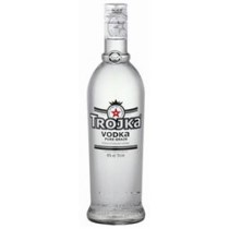 Trojka Vodka Pure grain weiss 40% Vol. 70 cl