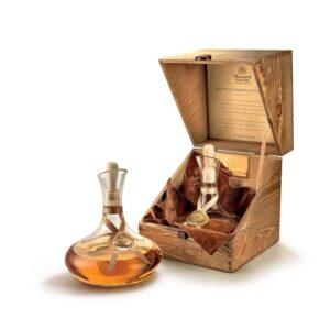Grappa di Nebbiolo e Barolo Invecchiata DECANTATORE Mazzetti d'Altavilla Piemonte 43% Vol. 70 cl mit Holzkiste