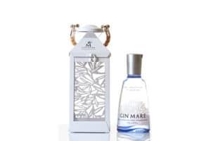 Gin Mare 42,7% Vol. 70 cl mit Laterne Spanien